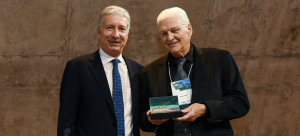 Prof. Erwin Diewert (right) with the Gudin Award